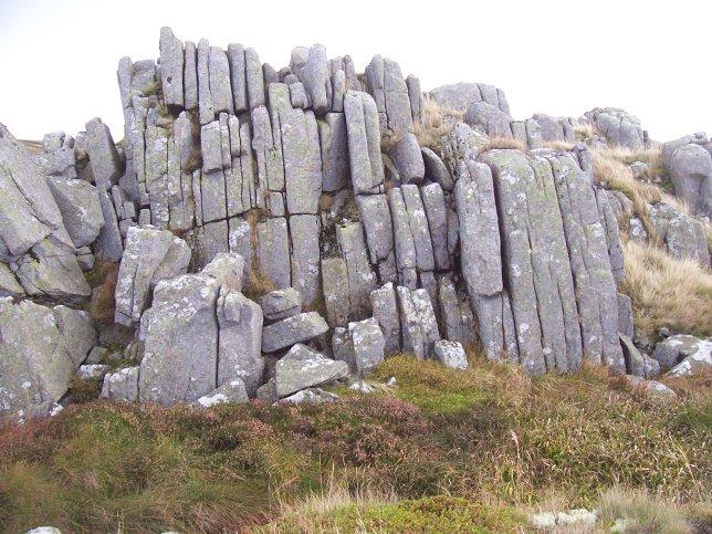 Granite jointing at Long Crag
